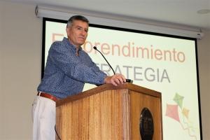 MBA inaugura ciclo de seminarios con charla magistral del empresario Roberto Musso
